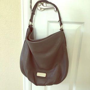 Gorgeous Pebble Leather Grey Marc Jacobs Bag!! 👜